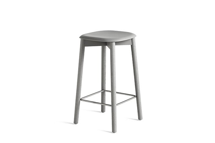 928149_Soft Edge 32 Bar Stool low_H65_Base soft grey stained oak_Seat_soft grey stained oak