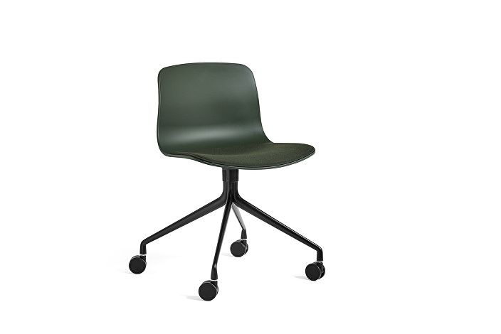 9133921001025_AAC14_Black shell base_Green_ Seat uph steelcut 975