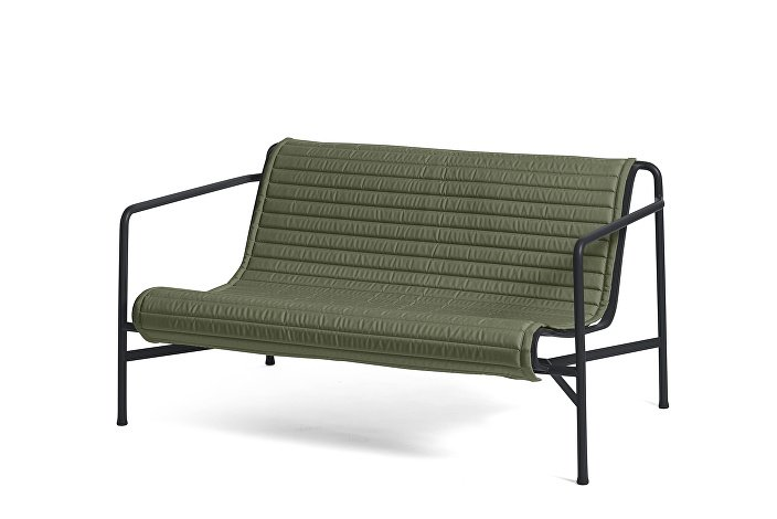 Palissade Lounge Sofa Anthracite_Quilted Cushion Sky Olive