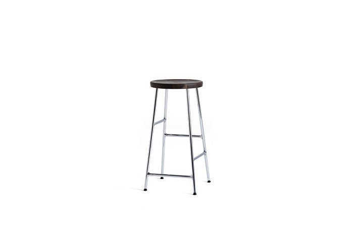 9303052009000_Cornet Bar Stool H65 chromed steel base_solid smoked oak seat