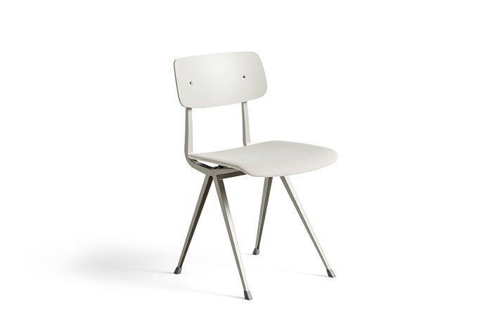 1973391101318_Result Chair_beige base_beige stained oak back w. seat uph Steelcut Trio 205