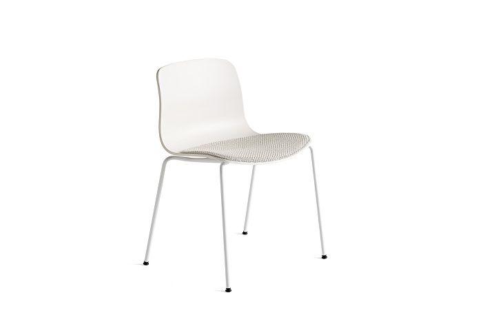 9135281703708_AAC16_White shell base_Cream white_Seat uph coda 100