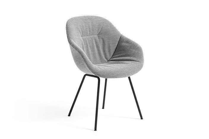 9351636753277_AAC 127 Soft Chair_DOT 1682 02 Bianco Nero_black base