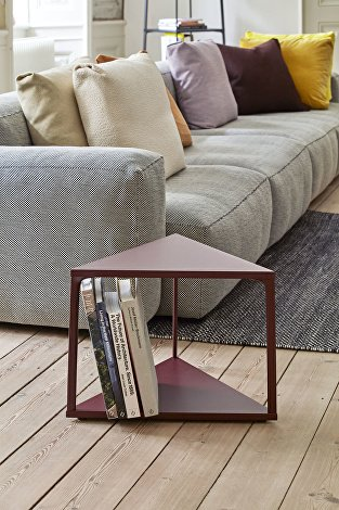 Eiffel Side Table Triangle dark brick_Mags Cushions_Plica Sprinkle_Mags Soft Low