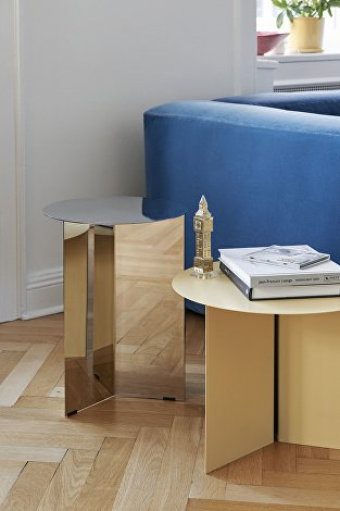 Mags Soft Lola blue_Slit Table High Mirror_Slit Table Light yellow