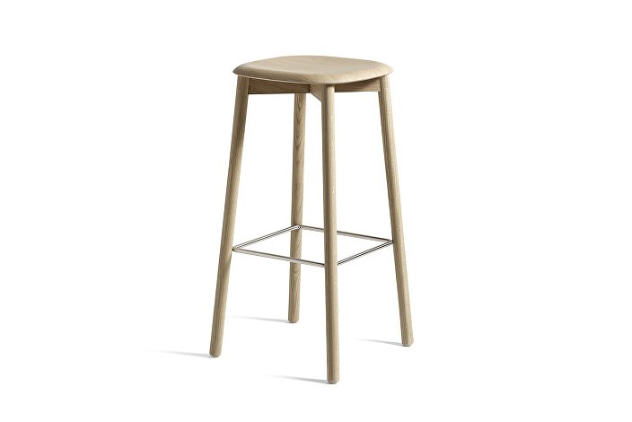 928173_Soft Edge32 Bar Stool high_H75_Base matt lacquered oak_Seat matt lacquered oak
