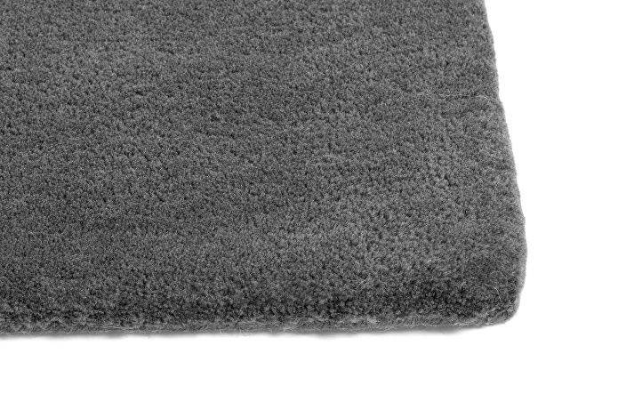 Raw Rug No2 dark grey_detail.jpg