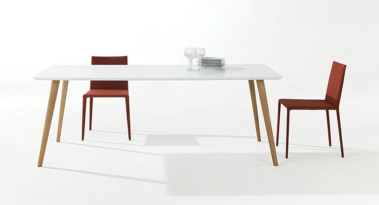 3979_n_Arper_Gher_table_squared-top_MarcoCovi_180x90cm_3505