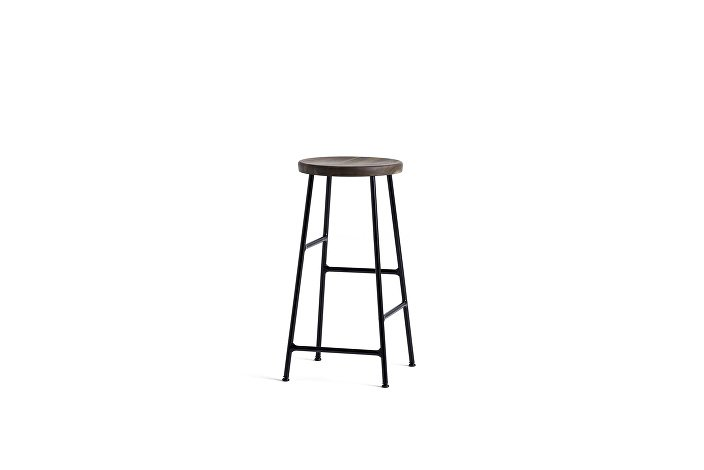 9303012009000_Cornet Bar Stool H65_Black Steel_Seat solid smoked oak_wb