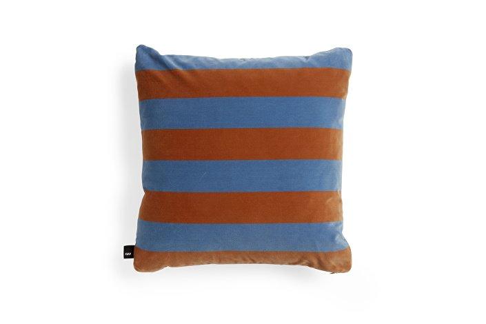 507655_Soft Stripe Cushion soft blue WB