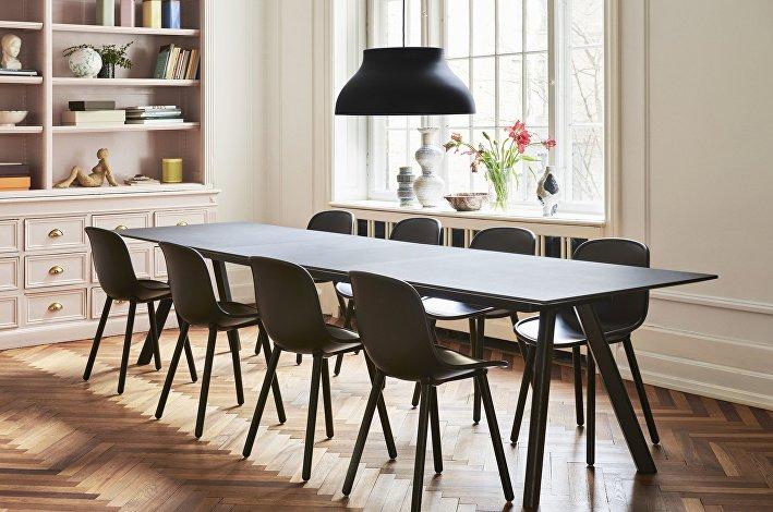 CPH30 Table Extendable black linoleum_Neu12 soft black_PC Pendant Lamp black 02