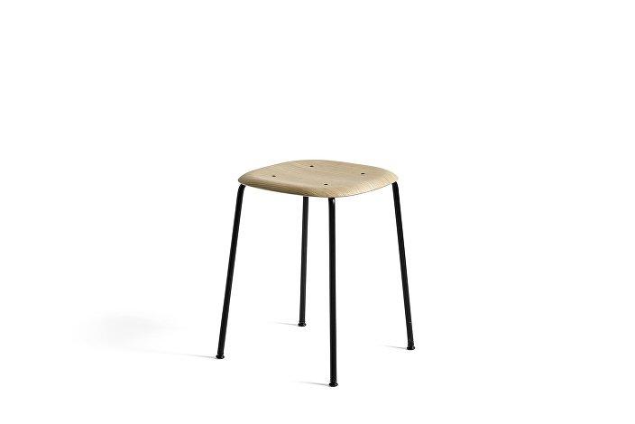 1992111109000_Soft Edge 70_Base black_Seat oak matt lacquer