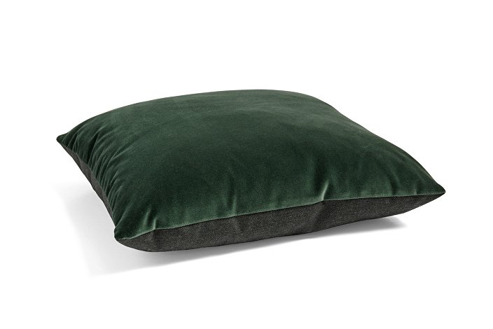 507355_Eclectic Col 2018 50x50 dark green 03