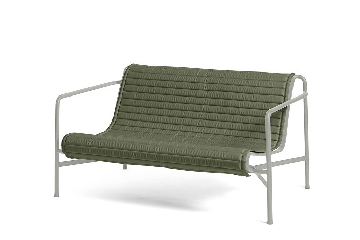 Palissade Lounge Sofa Sky Grey_Quilted Cushion Olive